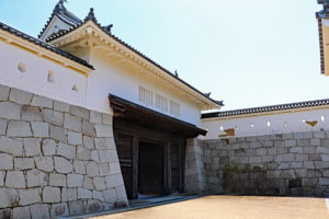 赤穂城・本丸櫓門と枡形