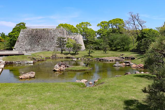 赤穂城・本丸庭園と天守台