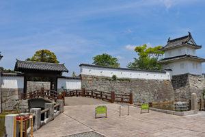 赤穂城・三之丸大手門と隅櫓