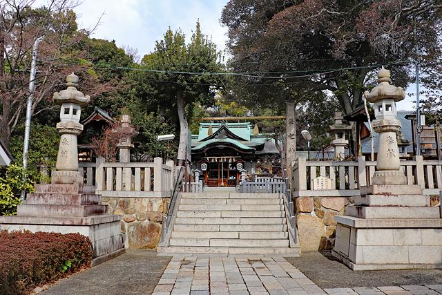 芦屋神社境内