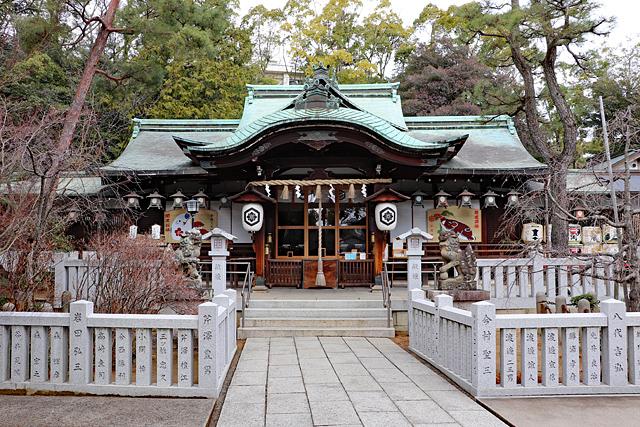 芦屋神社本殿