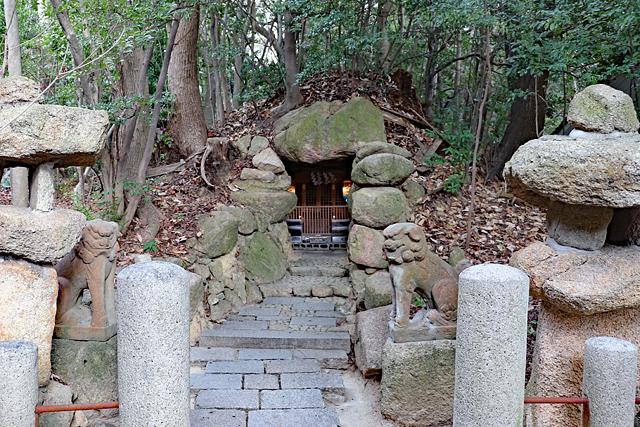 芦屋神社境内古墳(水神社)