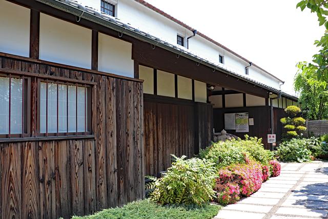 白鶴酒造資料館・入口