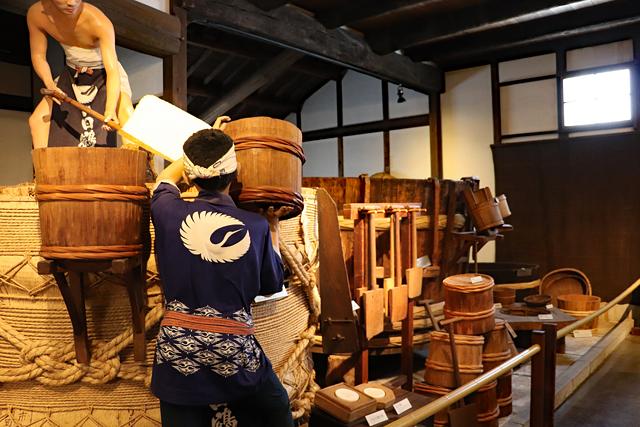 白鶴酒造資料館・蒸米工程