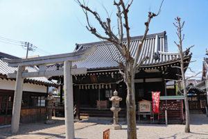 本興寺三光堂