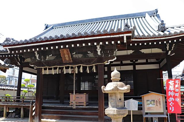 本興寺三光堂拝殿