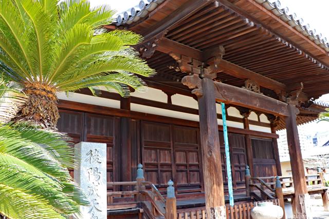 長遠寺本堂近景