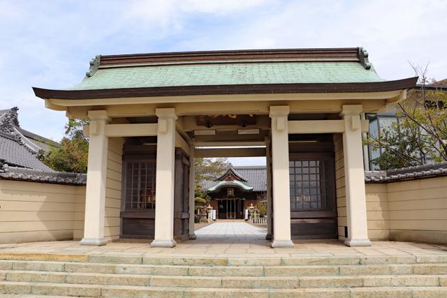 柿本神社表門