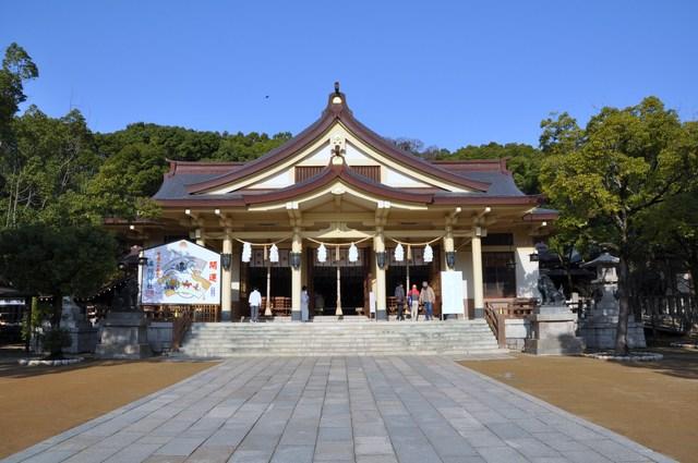 湊川神社社殿