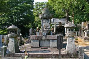 知恩院・千姫の墓