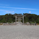 伏見桃山陵|この丘は伏見城の跡、街を見下ろす明治天皇(京都名所巡り)