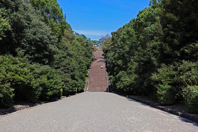 伏見桃山陵・正面石段