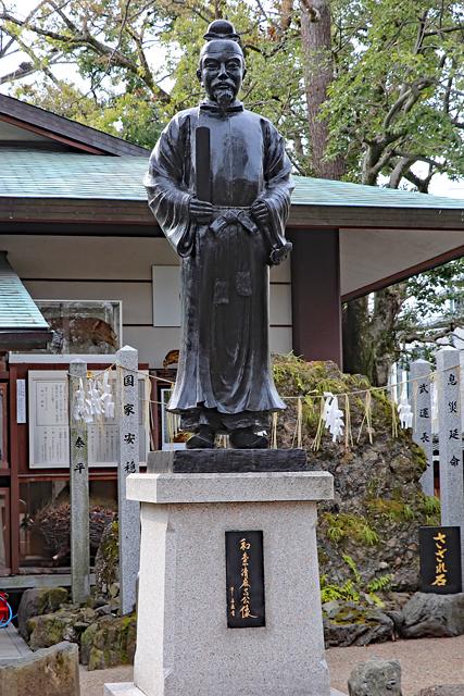 護王神社・和気清麻呂像