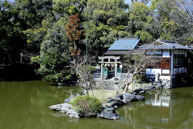 九条邸跡・厳島神社
