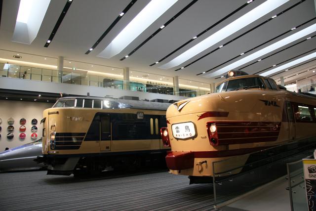 本館1階・実物車両展示(500系・月光・雷鳥)