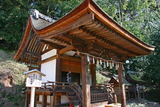 宇治上神社摂社・春日神社