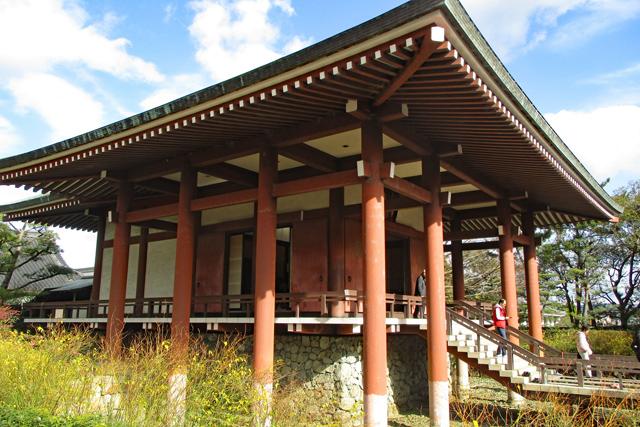 中宮寺本堂側面
