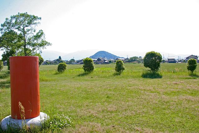 藤原宮跡から畝傍山