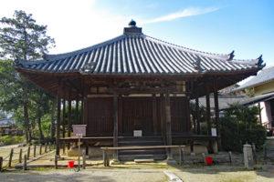 法起寺聖天堂