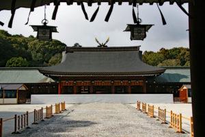 橿原神宮・内拝殿と弊殿