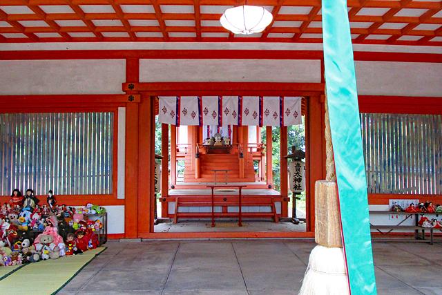 賣太神社・拝殿と本殿