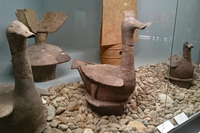 アイセルシュラホール・水鳥形埴輪