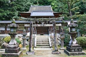 烏帽子形八幡神社・本殿