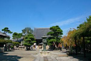 葛井寺境内・本堂