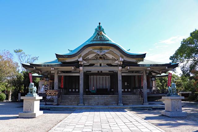 豊國神社拝殿