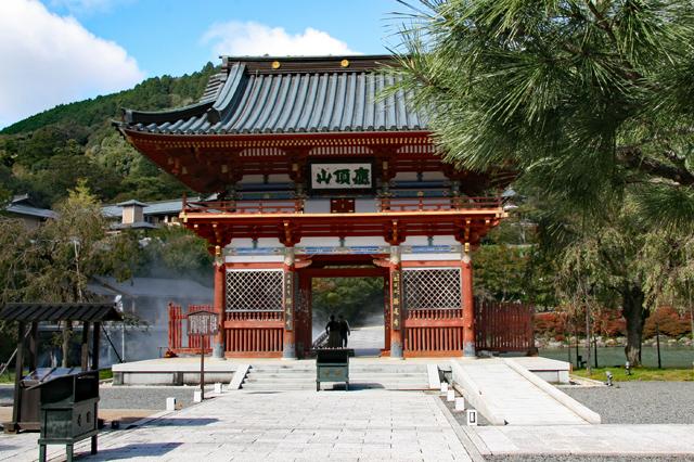 勝尾寺山門(仁王門)