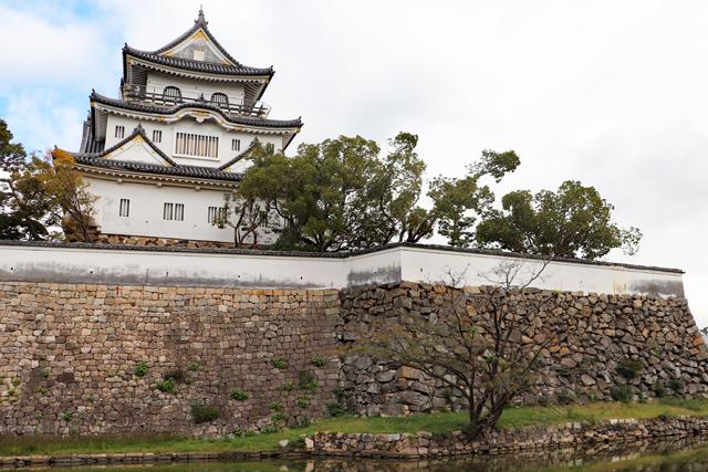 岸和田城・本丸石垣