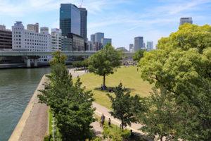 中之島公園・芝生広場