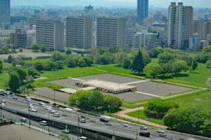 大阪歴史博物館から眺める難波宮跡