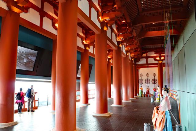 大阪歴史博物館10階・再現大極殿
