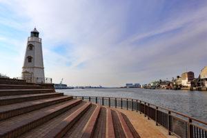 旧堺燈台から大阪湾を望む