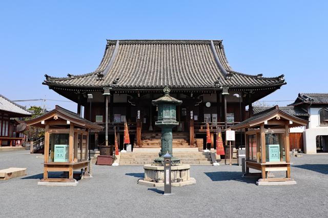 総持寺本堂正面