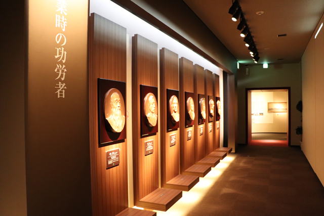 造幣博物館2階展示室・エントランス