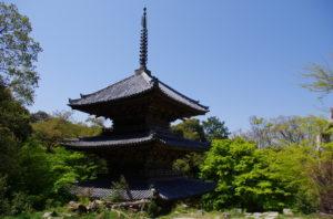 摠見寺三重塔