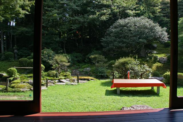 旧竹林院・主屋一階から庭園