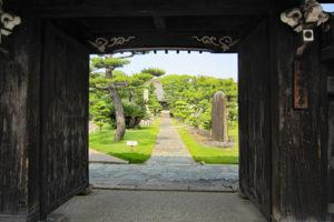 報恩寺入口